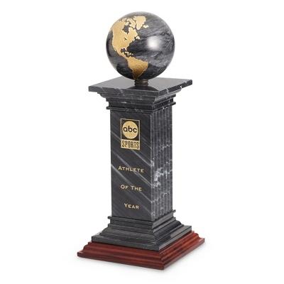 Renaissance Award - UPC 825008034136