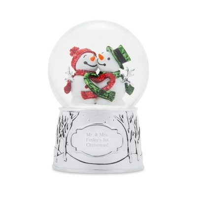 Make-A-Wish Snow Couple Snow Globe