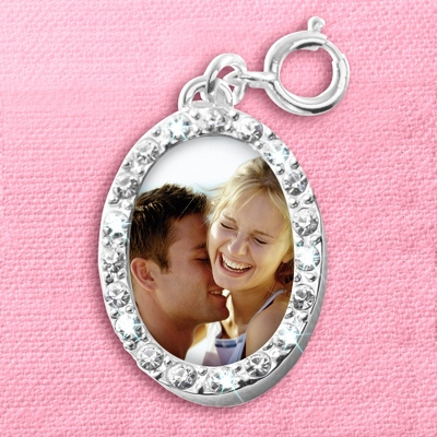 Oval Photo Charm - UPC 825008179639