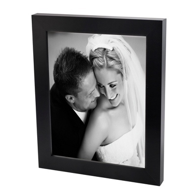18x24 Black & White Photo to Canvas with Classic Black Frame